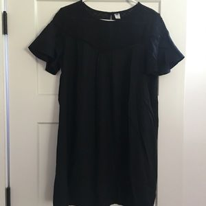 Old Navy dress in LIKE NEW condition